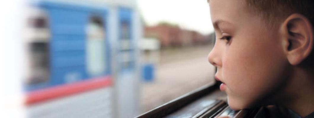 Нужен ли ЖД манеж для ребенка?