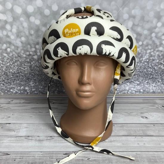"""Детский защитный противоударный мягкий шлем от ударов  """"Cеверные мишки на черном"""""""